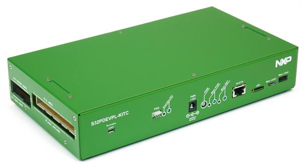 "GreenBox汽车电气化开发平台实物图,系统封装在一个""绿盒子""中"