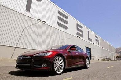 特斯拉松下宣布明年生产光伏电池