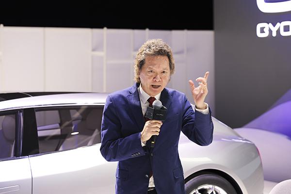 GYON联合创始人Joe,在品鉴会上讲述品牌理念