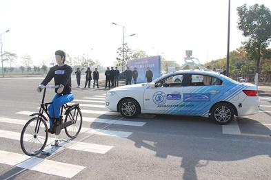 首次引入真实交通流,2017中国智能车未来挑战赛复盘