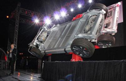 Tesla双电机,小升级还是大突破?