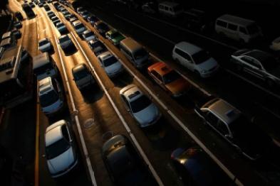 """超10家车企4月销量出现正向增长,汽车行业真的迎来""""报复性消费""""了吗?"""