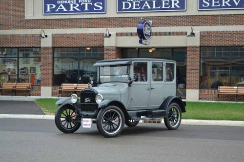 福特T型车