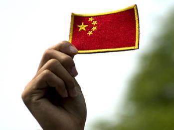 《经济学人》眼中的中国汽车产业:搞合资就像吸鸦片,毒瘾越深自主越弱