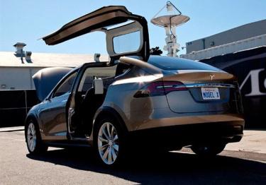 特斯拉Model X国内售价公布,96.1-147.95万