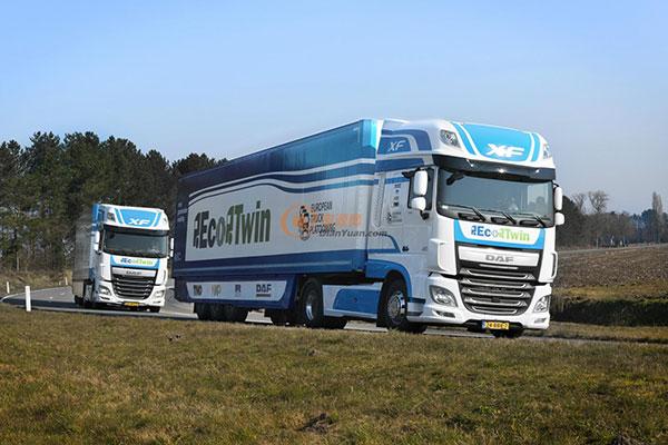 参加荷兰巡游的自动驾驶卡车