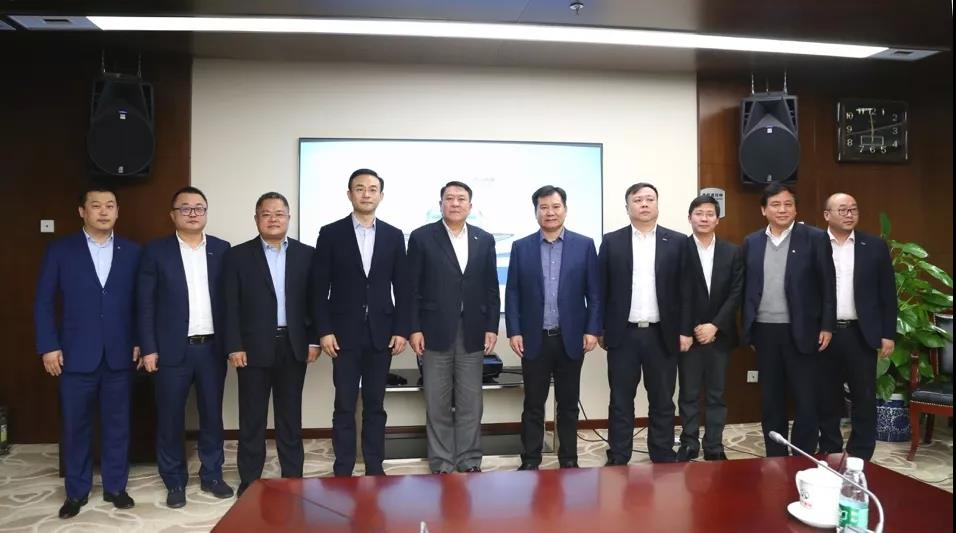 苏宁控股集团董事长张近东率高层到访北汽集团总部