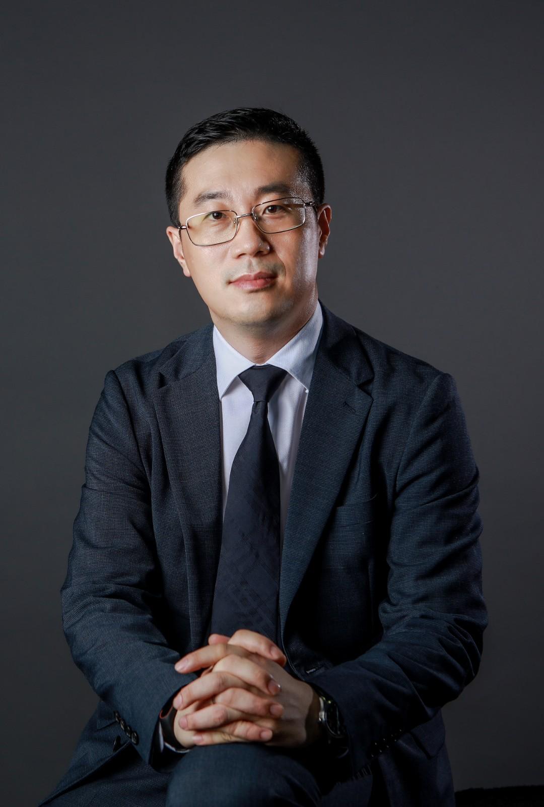 小鹏汽车品牌公关总经理 李鹏程