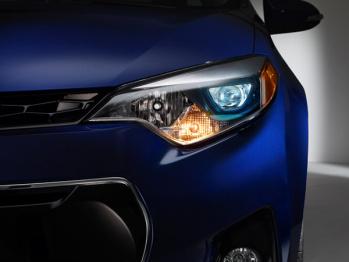 节能+散热,丰田合成研发车头灯LED