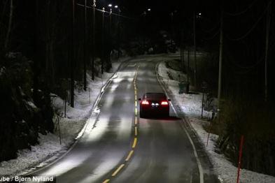 挪威推出节能型智能街灯,可根据车辆调节灯光亮度