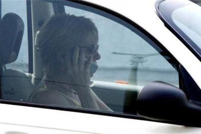 美国要求车载互联技术提高车主驾驶专注度