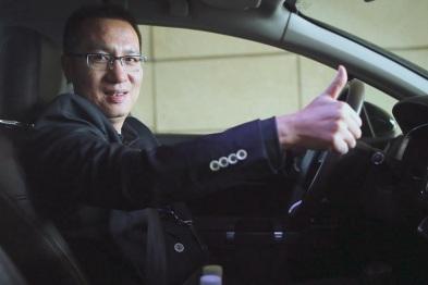 美行科技营销中心副总经理梁啟明体验东风雪铁龙C6