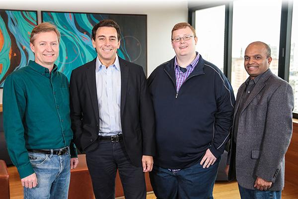 从左到右: Peter Rander, Argo AI COO;Ken Washington, 福特研发和先进工程副总裁;Mark Fields, 福特CEO; Bryan Salesky, Argo AI CEO;Raj Nair, 福特CTO