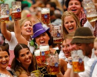 """【世界观】从德国纯酿啤酒,聊一聊工厂""""机器大脑"""""""