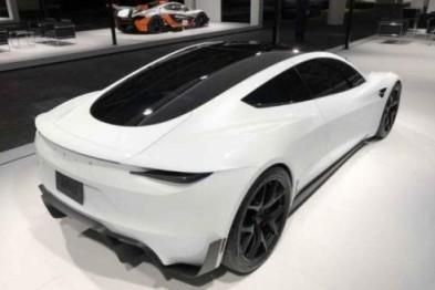特斯拉电动跑车Roadster现身车展,定价20万美元