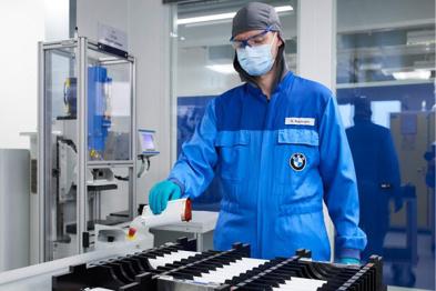 宝马2.37亿美元投资电池中心,未来计划推出推出25款电动车
