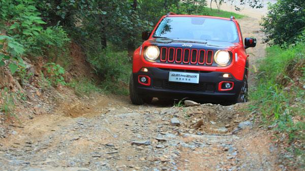 对于一个必须面对野外环境的Jeep来说,技术先进性永远没有可靠性重要!