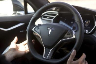 德国政府警示特斯拉用户小心使用Autopilot