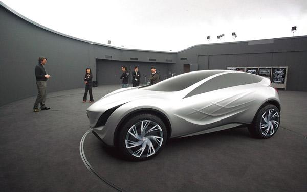 马自达CROSS风格概念车风舞(Kazamai)的1:1模型