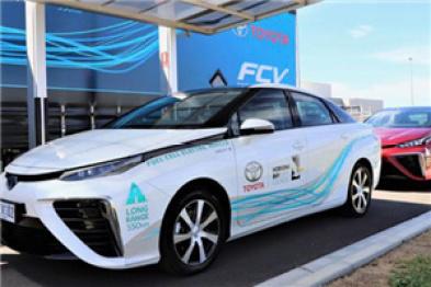丰田推出氢燃料电池车试点项目