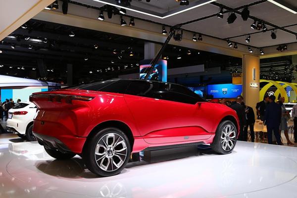 WEY的首款纯电概念车XEV,图片来自凤凰