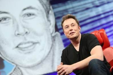 Tesla CEO放狠话:美国免费直通加拿大,不跪政府照样能盈利