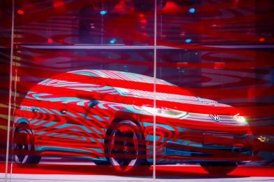 """自建电池工厂,汽车巨头不愿受制于""""宁德时代"""""""