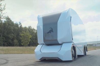Einride将在迪拜实现自动驾驶卡车商业化