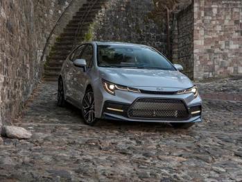 聪明的买车人丨一周新车快评:新讴歌CDX难翻身、传祺GA8完美改款、新雷凌更运动