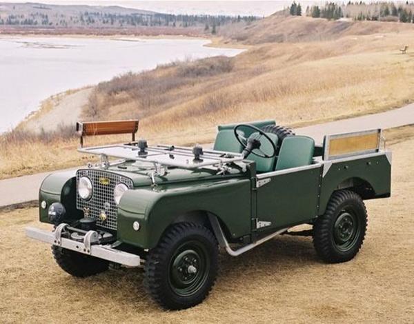 """路虎品牌的第一个车型""""SERIES """""""