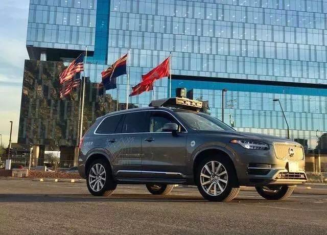 uber无人驾驶汽车匹兹堡路测,图片来自网络