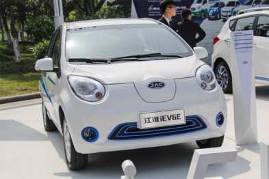 百家企业规划千亿投资,新能源造车领域有多少泡沫?
