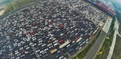 国庆新能源车高速充电困难,各车企高速超充规划如何?