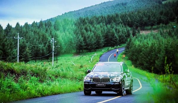 """11.赛事""""第六人""""全新BMWX5.jpg"""