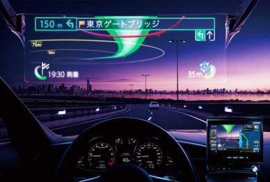 什么是终极意义的智能装备?让汽车风挡变成Google Glass!