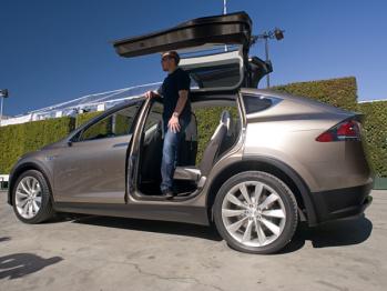 虽然Musk刚刚说Model 3明年出原型车后年上市,但靠谱么?