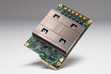 谷歌展示人工智能专用芯片TPU