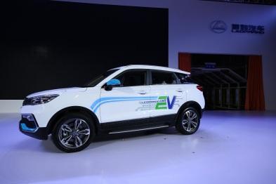 猎豹汽车长沙工厂投产,首款纯电动汽车下线