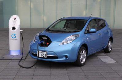 日产与电力公司合作推广Leaf车型