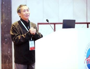 国防科大贺汉根:中国无人驾驶技术落后美国5-10年