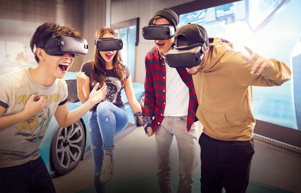 蔚来中心为用户提供VR产品体验