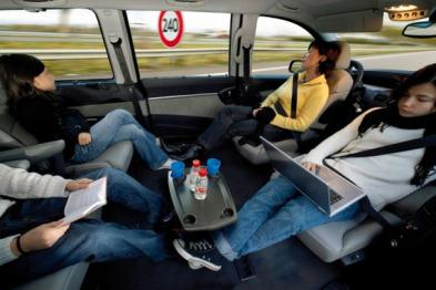 无人驾驶汽车的真正智能,体现在连接之中?