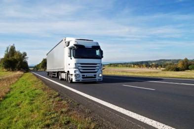智加科技获全国首张营运货车自动驾驶路测牌照