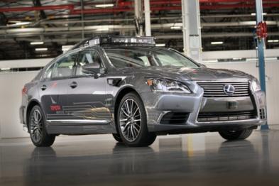 丰田投资 28 亿美元成立无人驾驶技术研究所