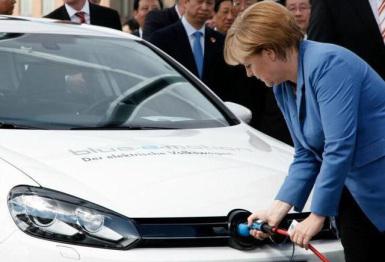 德国电动车新政:车主奖4000欧,免税十年