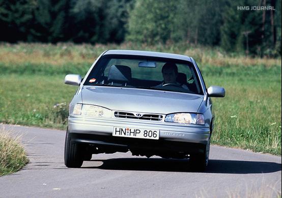 现代汽车Lantra(韩国当地名称为Elantra)