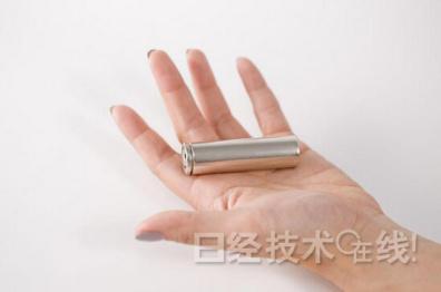 特斯拉Model 3将采用新一代锂电池,尺寸比18650更大