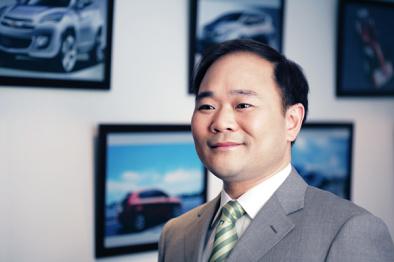 【创客】李书福:我觉得说造车简单的互联网人「非常可爱」