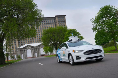 福特第三代自动驾驶测试车辆进行路试