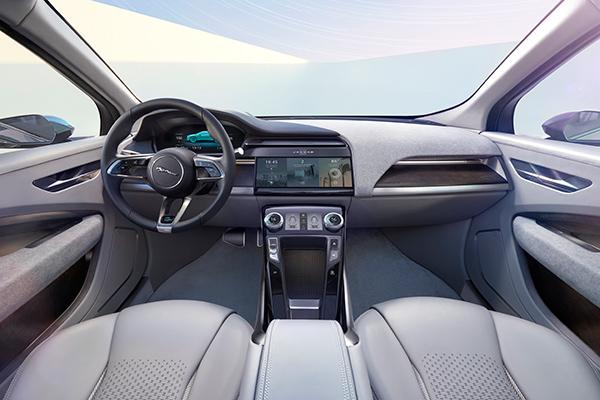 捷豹I-PACE纯电动概念SUV座舱电子化设计
